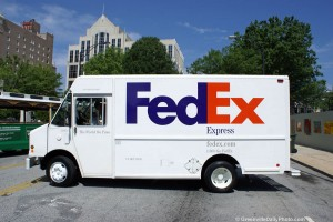 Try to find the hidden arrow on the FedEx truck in 2 minutes!